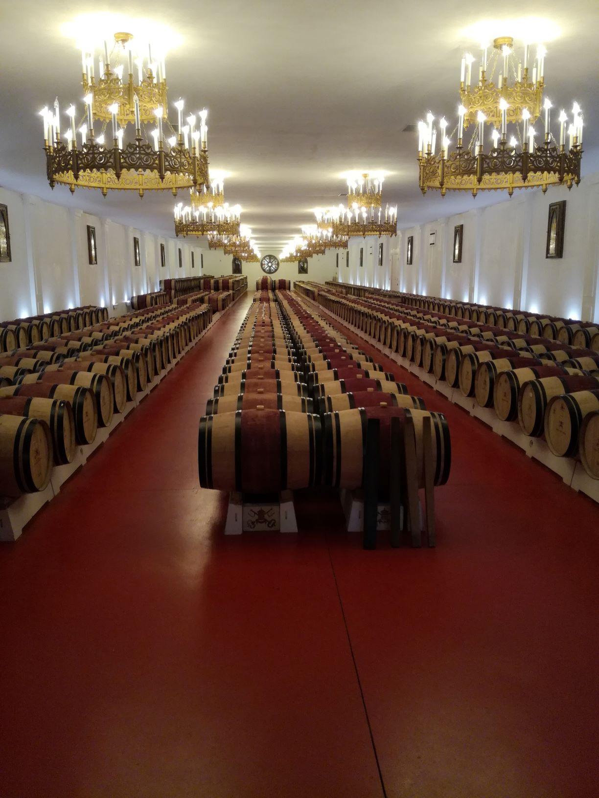 Chateau pape clement le chai avenir serenite patrimoine